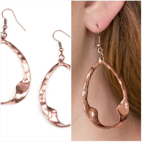paparazzi Jewelry - TWISTED ME ROUND COPPER EARRINGS